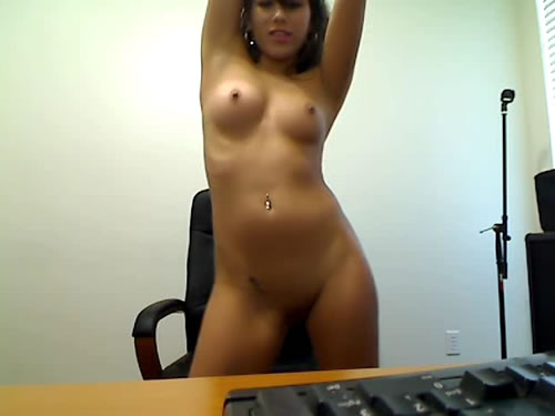 Girls Stripping On Webcam