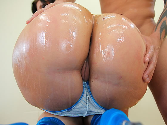 Big bubble asses