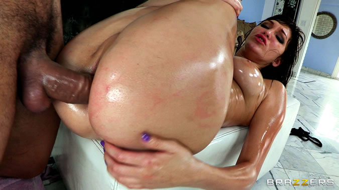 NikkiFritz in Beach Babes From Beyond Baby Oil Sex.