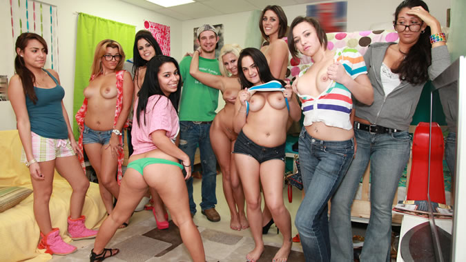 Alicia silverstone porn galleries