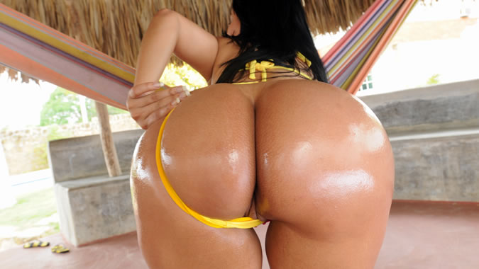 Big Oiled Seethe Butt