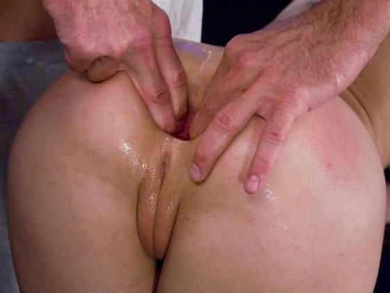 Amber got stretched out by hands and huge anal butt plugs.