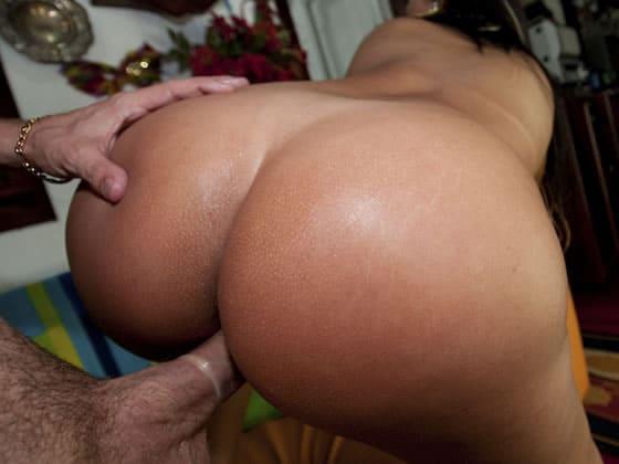 Bubble porno brazilian butt