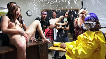 sindee-jennings-squirting-class1