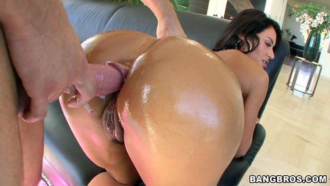 oily big butt porn