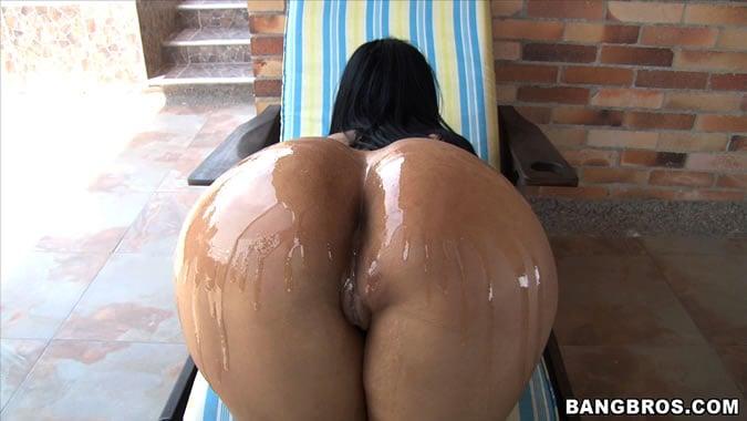 Nude plain erooups girls