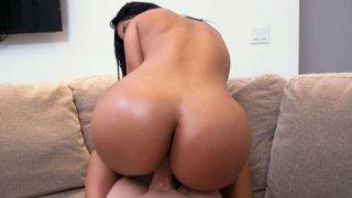 Rose Monroe Bubble Butt