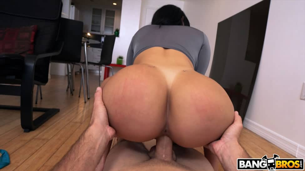 Valerie Kay Squat Bubble Butt Fucking